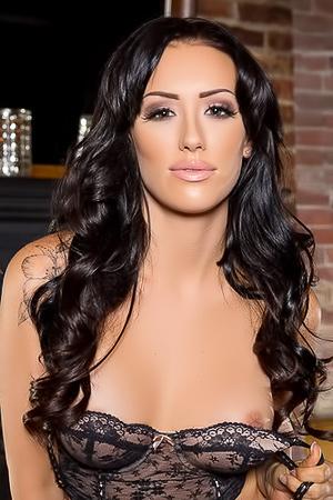 Very Sexy Alyssa Bennett In Black Lingerie