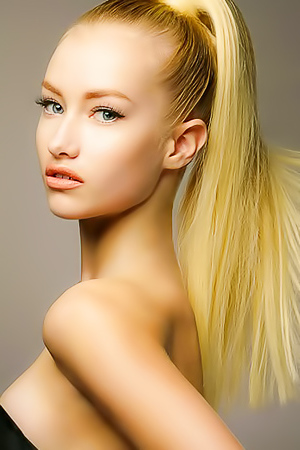 Models With Ponytail Hairstyles