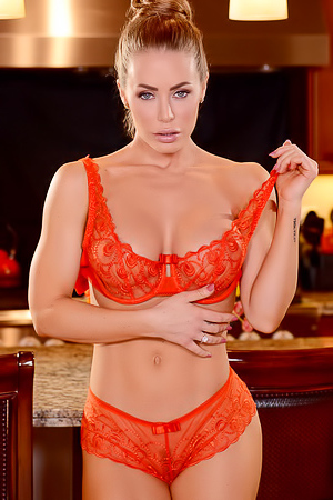 Nicole Aniston Strips Off Her Sexy Red Lingerie