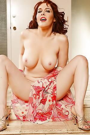 Mae Victoria