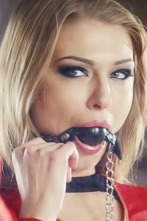 Lucy Heart In Your Slave