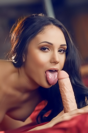 Sweet Seductress With Ariana Marie