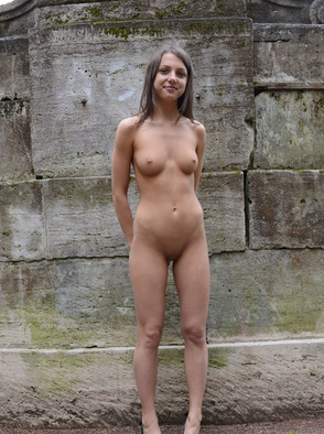 Cute Young Babe Katoa Posing Naked At Public
