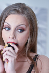 Britney Amber MILF Got All The Kinky Fun