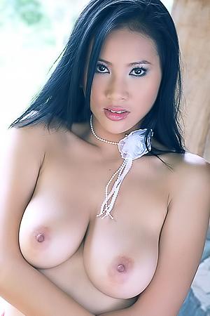 Ho nackt nancy Asian Nude
