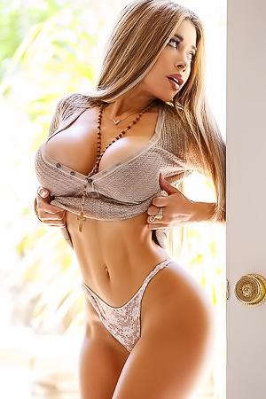 Loera naked