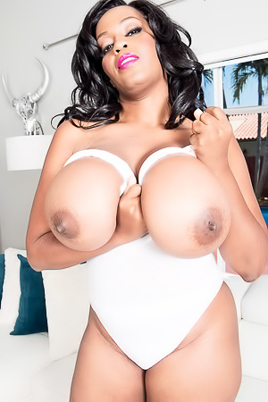 Amora Lee Breast Dreams Come True Scoreland