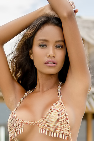 Beautiful Putri Cinta posing nude on the island of love