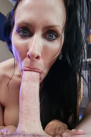 Reagan Foxx Sloppy MILF Blowjob