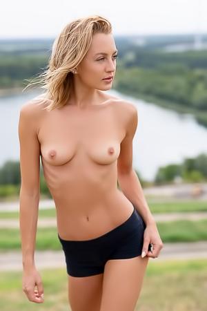 Nude sexy julia Julia Ormond