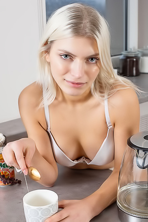 Leaya - Hitting the kitchen to cook up something sexy