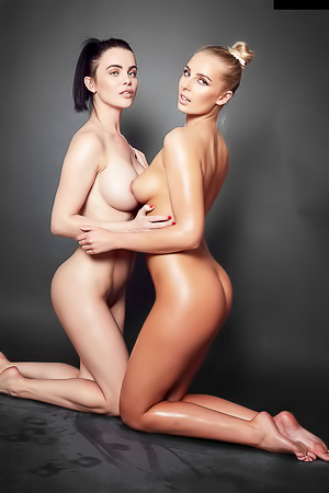 Lissy And Emma - Shades Of Grey