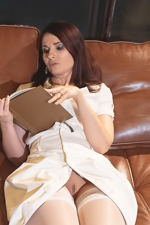 Jeny Smith A Bookworm Or A Waitress Voyeur