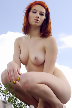 Redhead Beauty Elis B Getting Naked Outdoors